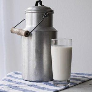 milk-2777165_640